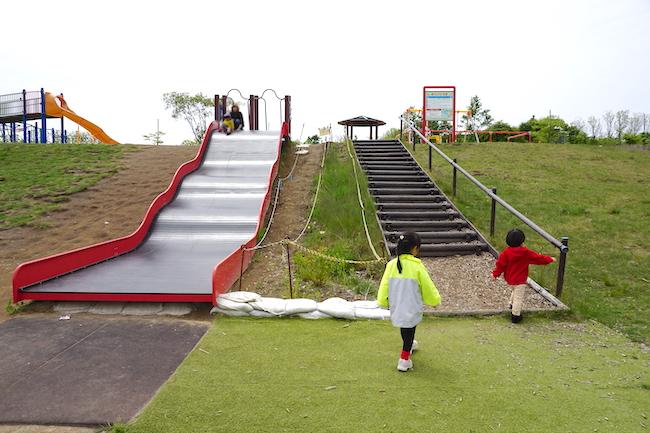 釧路 緑ケ岡公園の滑り台
