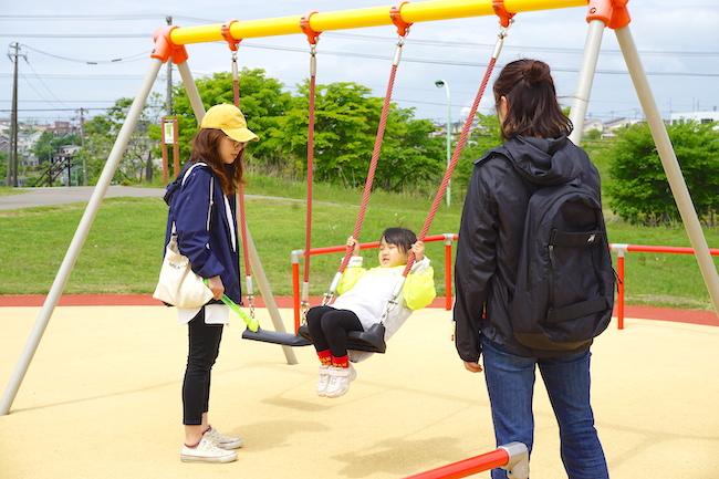 釧路 緑ケ岡公園のブランコ