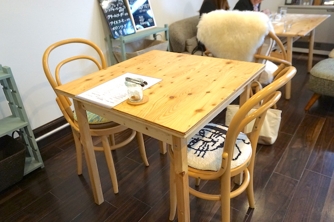 釧路 緑ヶ丘にあるcafe fika(かふぇ ふぃーか)の座席