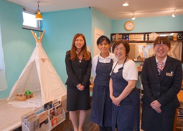 釧路 緑ヶ丘にあるcafe fika(かふぇ ふぃーか)の香織店長と京子さん