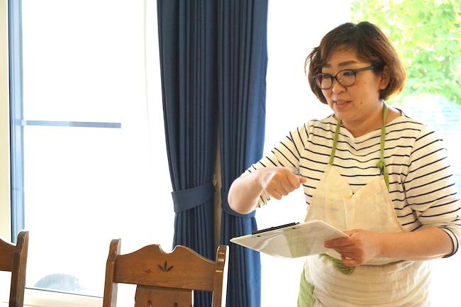 釧路のキッチンスタジオ「tanomana.studio」でjimipanパン教室をしている赤間有美子さん