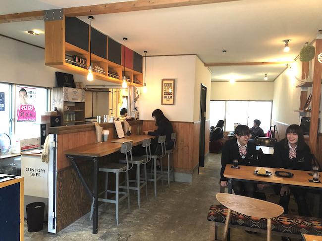 釧路にあるハンバーガー専門店「eureka_SouthAve(エウレカ サウスアベニュー)」の内観